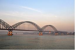 saking bridge